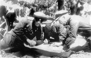 С.В.Руднев, С.А.Ковпак, Г.Я.Базыма. 1943 г.