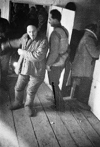 Cидор Артемович Ковпак на праздновании успешного форсирование Днепра, г.Лоев, Белоруссия. 1942 г.