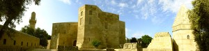 1200px-Shirvanshah_Palace_pano01